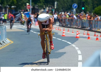 cycling race triathlon
