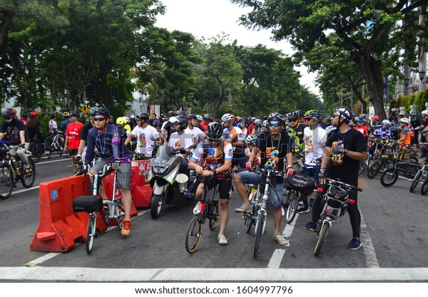Cyclists are ready at the start line of the last sunday ride event which was held in Surabaya city, December 29th 2019.