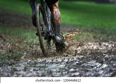 Cyclocross Bicycle Racing Mud