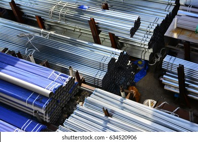 Cylindrical steel pipe, Cylindrical metal pipes, they used a loaded, The sun shining metal pipes, The sun shining metal pipes