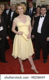 CYNTHIA NIXON at the Golden Globe Awards at the Beverly Hills Hilton Hotel. 19JAN2003.  Paul Smith / Featureflash
