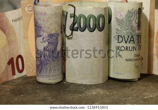 Small Euro money tin
