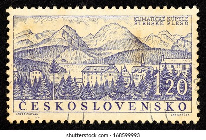 CZECHOSLOVAKIA - CIRCA 1958: Stamps printed in Czechoslovakia with landscape image of the spa town Strbske Pleso, circa 1958.