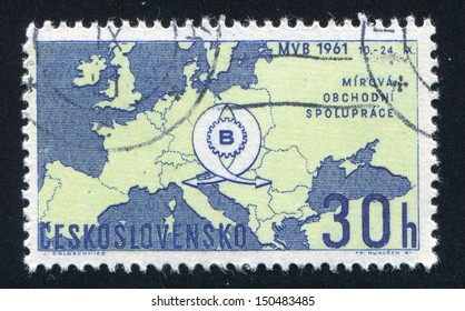 CZECHOSLOVAKIA - CIRCA 1961: stamp printed by Czechoslovakia, shows Map of Europe and fair emblem, circa 1961