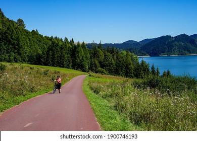 Czorsztyn, Małopolska, Polska - June, 18, 2020 - Velo Małopolska ścieżka rowerowa wokół jeziora Czorsztyńskiego. Bike tour around Czorsztyn lake in Poland