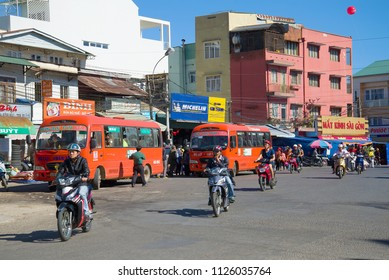 DA LAT, VIETNAM - DECEMBER 27, 2015: City buses at a bus stop on the Market square