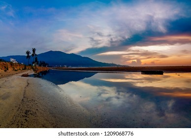 Da Nang, Vietnam: The splendid view of My Khe beach a sunrise.