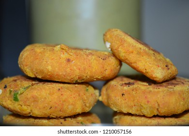 Daal Kebab: Chana daal (black gram split daal without the cover), rich in proteins and several micronutrients.
