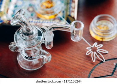 Dabbing Cannabis Oil