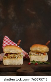 Dabeli also known as Indian Burger