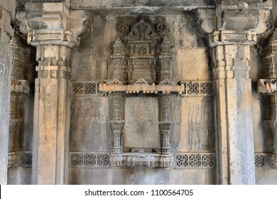 Dada Hari ni Vav stepwell is a Hindu water building in the village of Adalaj, close to Ahmedabad town in the Indian state of Gujarat.