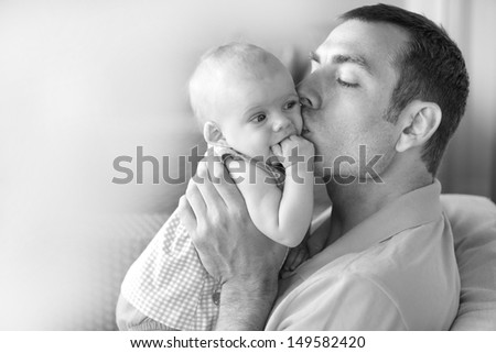 Daddy His Little Baby Girl Young Stockfoto Nu Bewerken 149582420