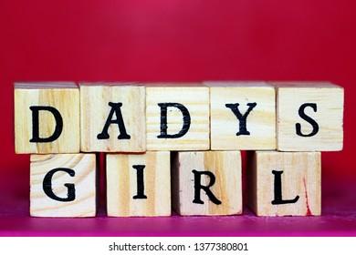 dadys girl wooden cubes wallpaper