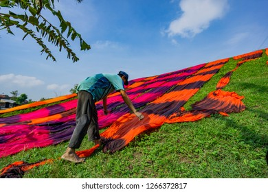 Daily activity in beach sarong production