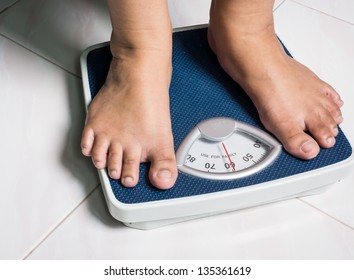 Daily weight picture show behavior of people who attend to better healthy life by daily weight monitoring