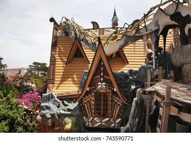DALAT. VIETNAM. 08 MARCH 2015 : Crazy House in Dalat. Vietnam