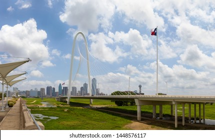 Dallas, city in the state of Texas, United States, Skyline with the Margaret Hunt Hill Bridge in the foreground.