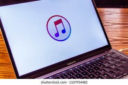 Dallas, Texas/ United States - 06/7/2018: (Photograph of the itunes logo on computer screen)