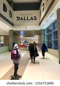 DALLAS - TEXAS - USA - 11-16-2018 - WELCOME TO DALLAS SIGN AT THE Dallas, Texas Love Field Airport