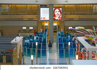 DALLAS, TX -28 MAR 2018- Inside view of the terminal at the Dallas/Fort Worth International Airport (DFW), the largest hub for American Airlines (AA).