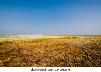 Dallol, in the Danakil depression (Ethiopia) is one of the most unearthly places of rthe world