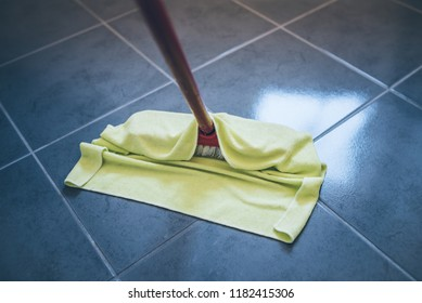 damp cleaning stone floor with floor cleaning cloth
