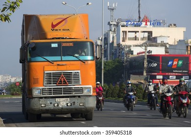 DANANG, VIETNAM - JANUARY 05, 2016: Heavy long-distance truck International 9800 on the street of Da Nang