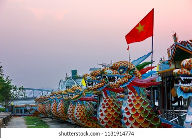 DANANG,VIETNAM-5 APRIL ;2018:The Vietnam  Dragon boat in Prefume river