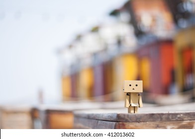 Bilder Stockfoton Och Vektorer Med Danbo Shutterstock