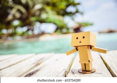Danbo toy figure enjoying summer