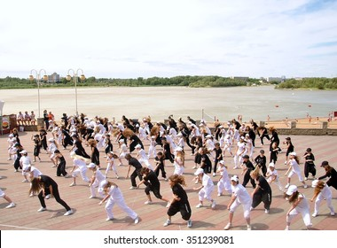 Dance flash mob on the river-bank in the city center. Date: 26.06.2011 Place: Omsk City  in West Siberia