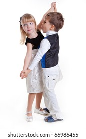 dancing little kids
