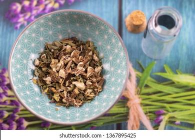dandelion root dried herbs detail, healthy living naturopathy
