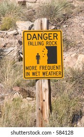 Danger falling rocks sign