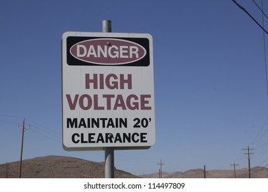 danger high voltage maintain 20' clearance