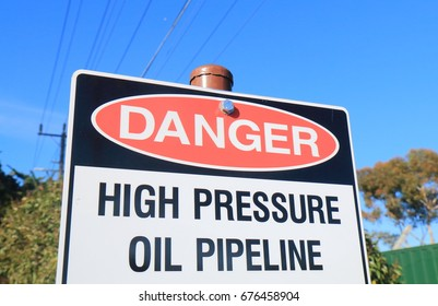 Danger oil pipe line waring sign