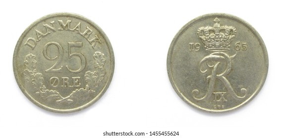 Danish 25 Ore 1965 year copper-nickel coin, Denmark. Coin shows a monogram of Danish King Frederick IX of Denmark.