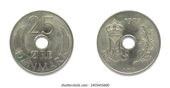 Danish 25 Ore 1977 year copper-nickel coin, Denmark. Coin shows a monogram of Danish Queen Margrethe II of Denmark.
