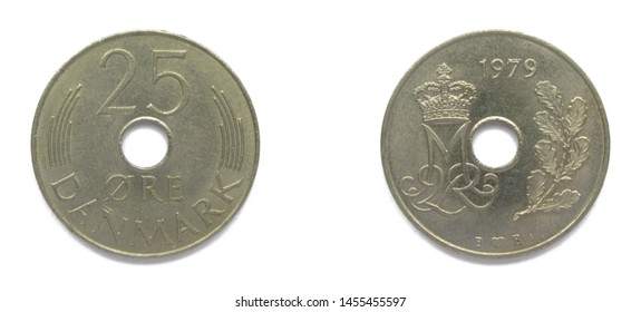Danish 25 Ore 1979 year copper-nickel coin, Denmark. Coin shows a monogram of Danish Queen Margrethe II of Denmark.