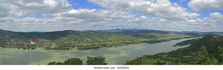 Danube curve in Hungary / panorama
