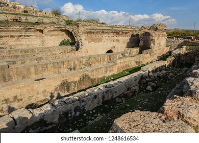 Dara is a historical ancient city located on the Mardin.