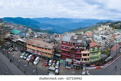 DARJEELING, INDIA - NOVEMBER 28, 2016: Darjeeling city center packed with shops, restaurants and hostels
