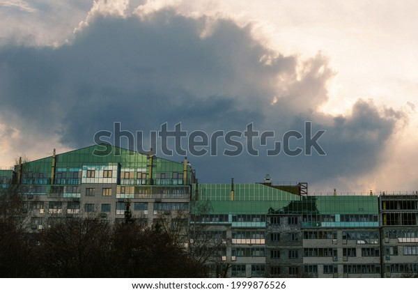 dark-blue-thundercloud-surrounded-by-600