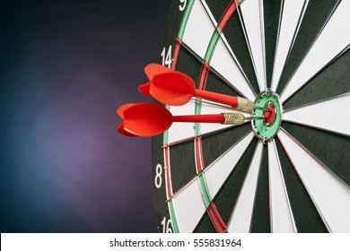 Dart board targeting the center