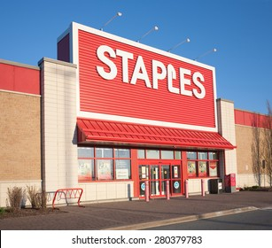 DARTMOUTH, CANADA - MAY 21, 2015: Staples storefront. Staples is an office supply retail outlet with over 2,000 stores in 26 countries.