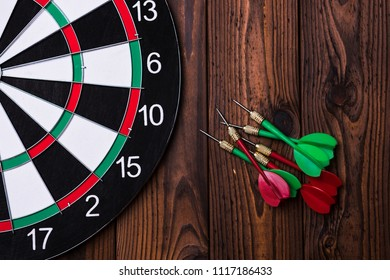 Darts and dart board