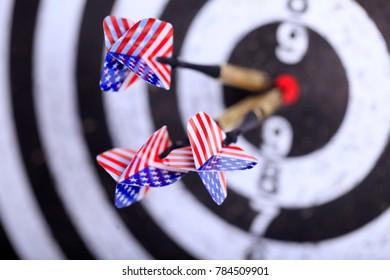 darts,  darts hit the center