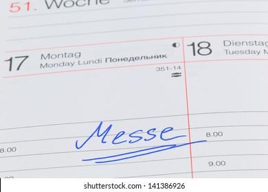 a date is entered in a calendar: fair