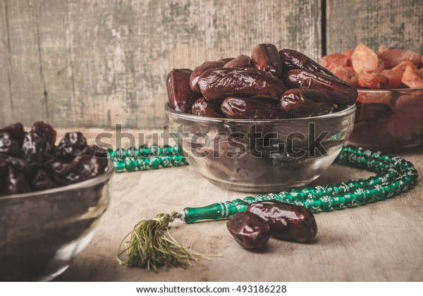 Dates and beads - symbols of Ramadan.