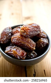 Dates fruit in a bowl